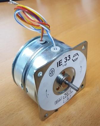 Synchronmotor 2Drehrichtungen 230V 300Umin