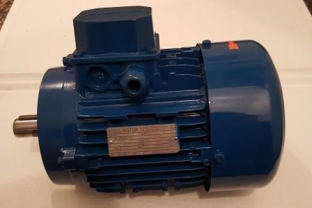 Drehstrommotor 1,1KW 1390U/min
